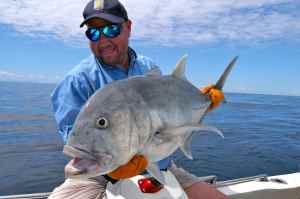 JOHN SHERVINGTON WITH MADAGASCAN GIANT TREVALLY