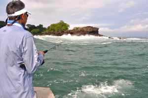 Popping off Las Perlas, Panama, in a typical pacific swell