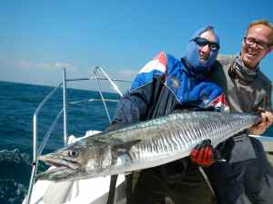 40LB+ KING MACKEREL CAUGHT ON SURFACE POPPER BY SIMON POWELL