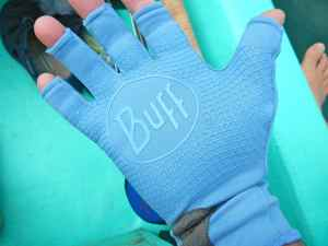Buff UV protective gloves
